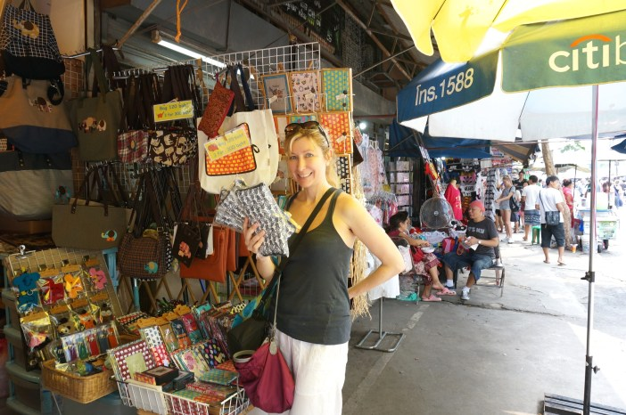 Best Thai Souvenirs Shopping Bangkok Jj Chatuchak Market Shopping