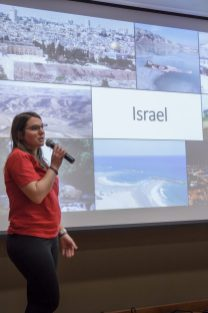 Naomi Segal speaks to students about Israel's culture.
