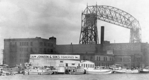 A fish market in Duluth, across the lake. Commercial fishing on Lake Superior dates to 1834. Photo courtesy of Duluth Public Library