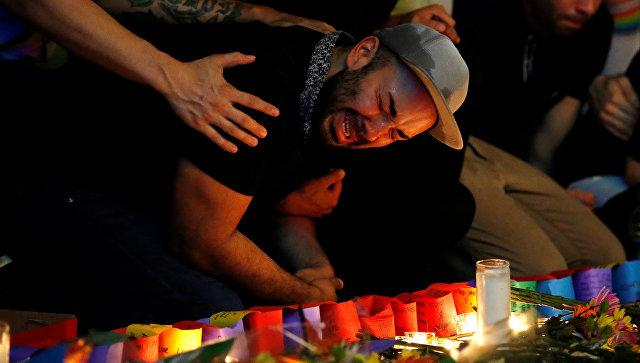 CNN: Омар Матин отправлял СМС своей жене во бойни в гей-клубе