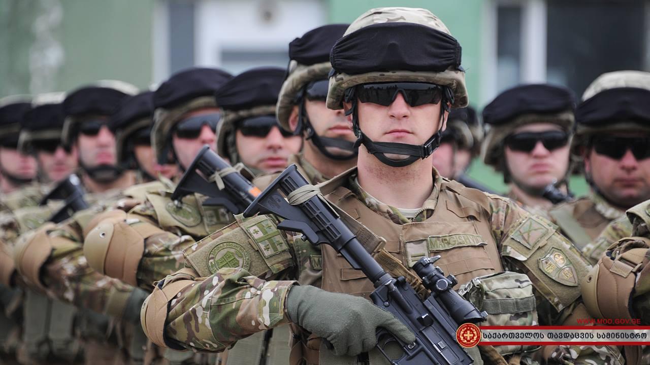 вакансии фотостудии грузинки в армии фото полуось копейки