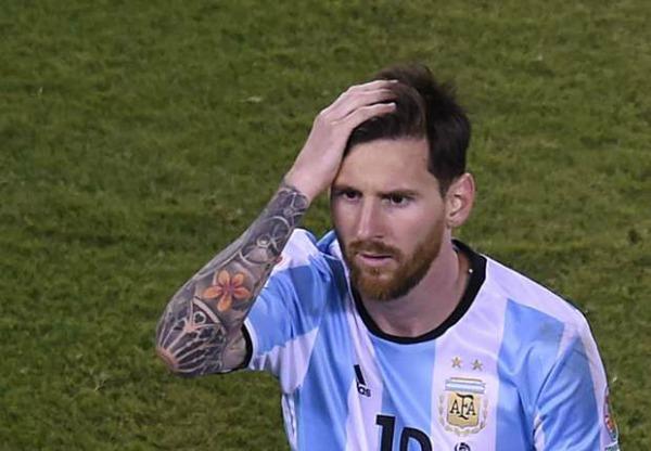«Не уходи, Лио». Президент Аргентины просит Месси остаться в сборной