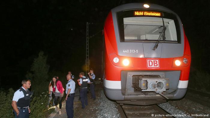 Афганец напал с топором на пассажиров немецкого поезда