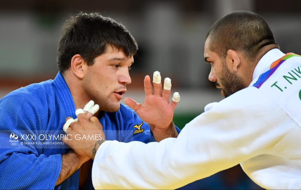 Бека Гвиниашвили прошел в четвертьфинал Олимпийских игр