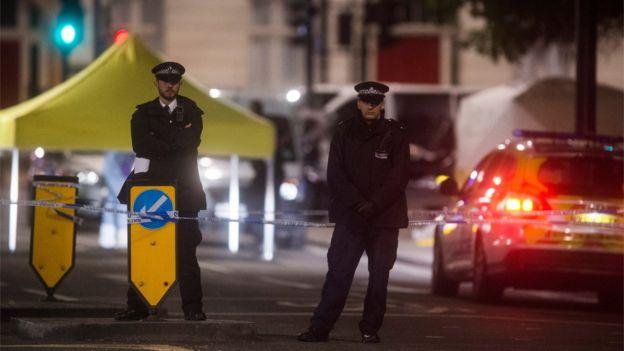 Мэр Лондона призвал жителей сохранять спокойствие