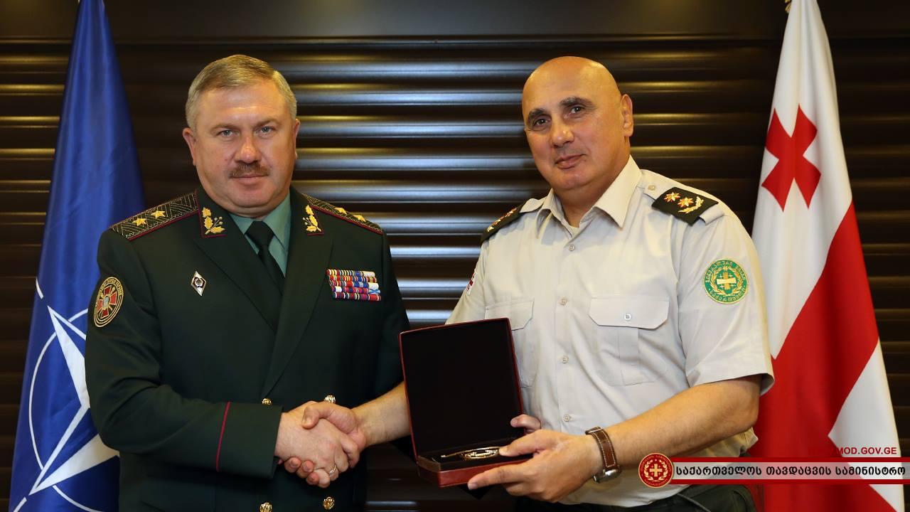 Украина перенимает опыт Грузии в подготовке военных кадров