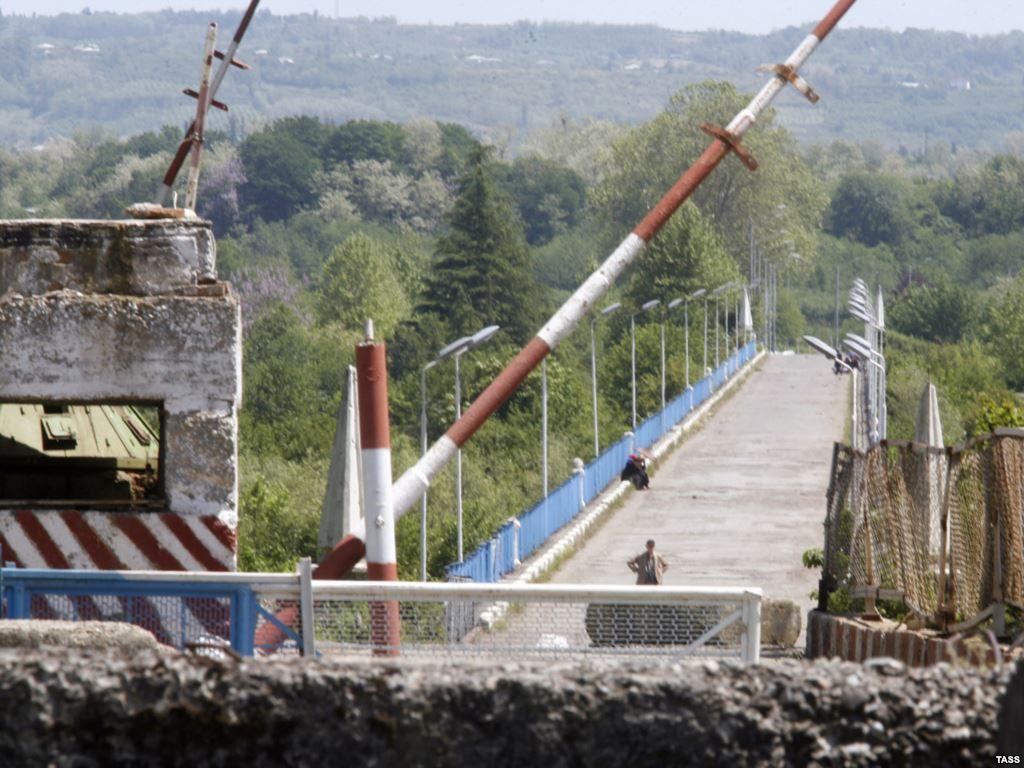 Ингурский мост ведущий в Абхазию