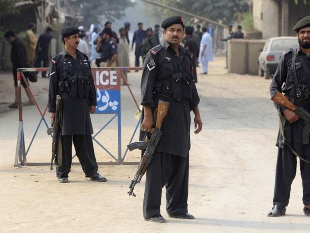 Смертник совершил взрыв в Пакистане