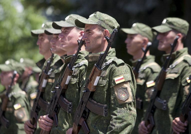 Ибрагим Гассеев: осетинские военные будут служить в российской армии
