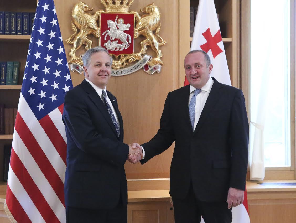 Посол США поздравил грузинский народ с успешным проведением выборов