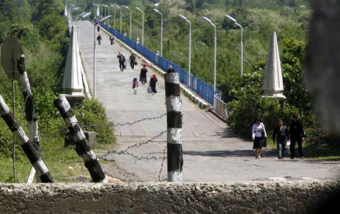 Сухуми готовится закрыть два КПП на административной границе с Грузией