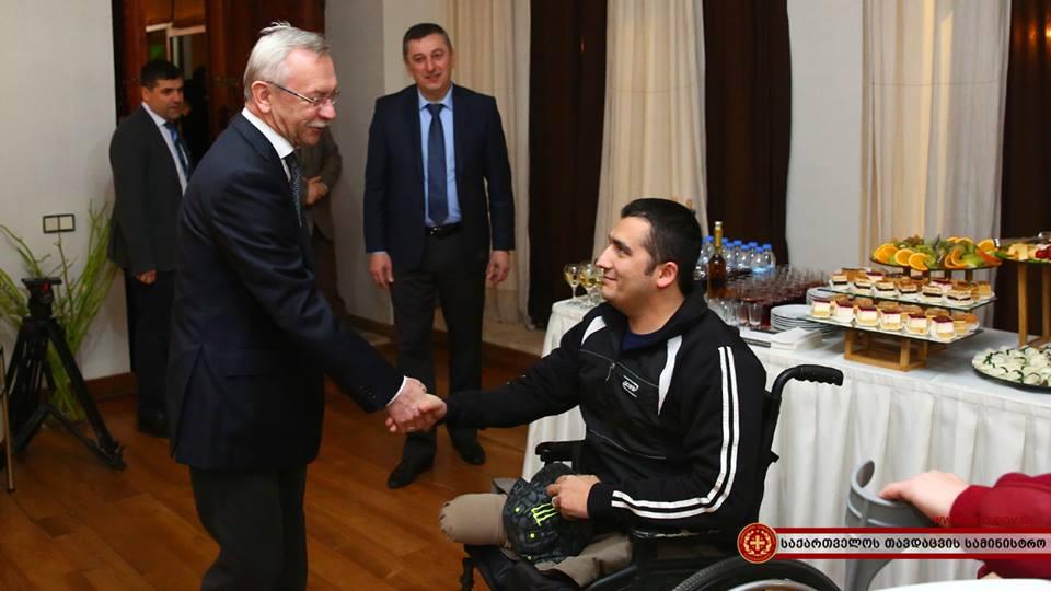 Украинские военные пройдут курс реабилитации в Грузии