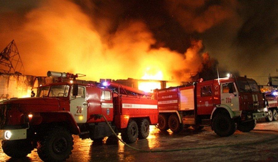 """МВД и мэрия Тбилиси сделали заявления по пожару на """"Элиава"""""""