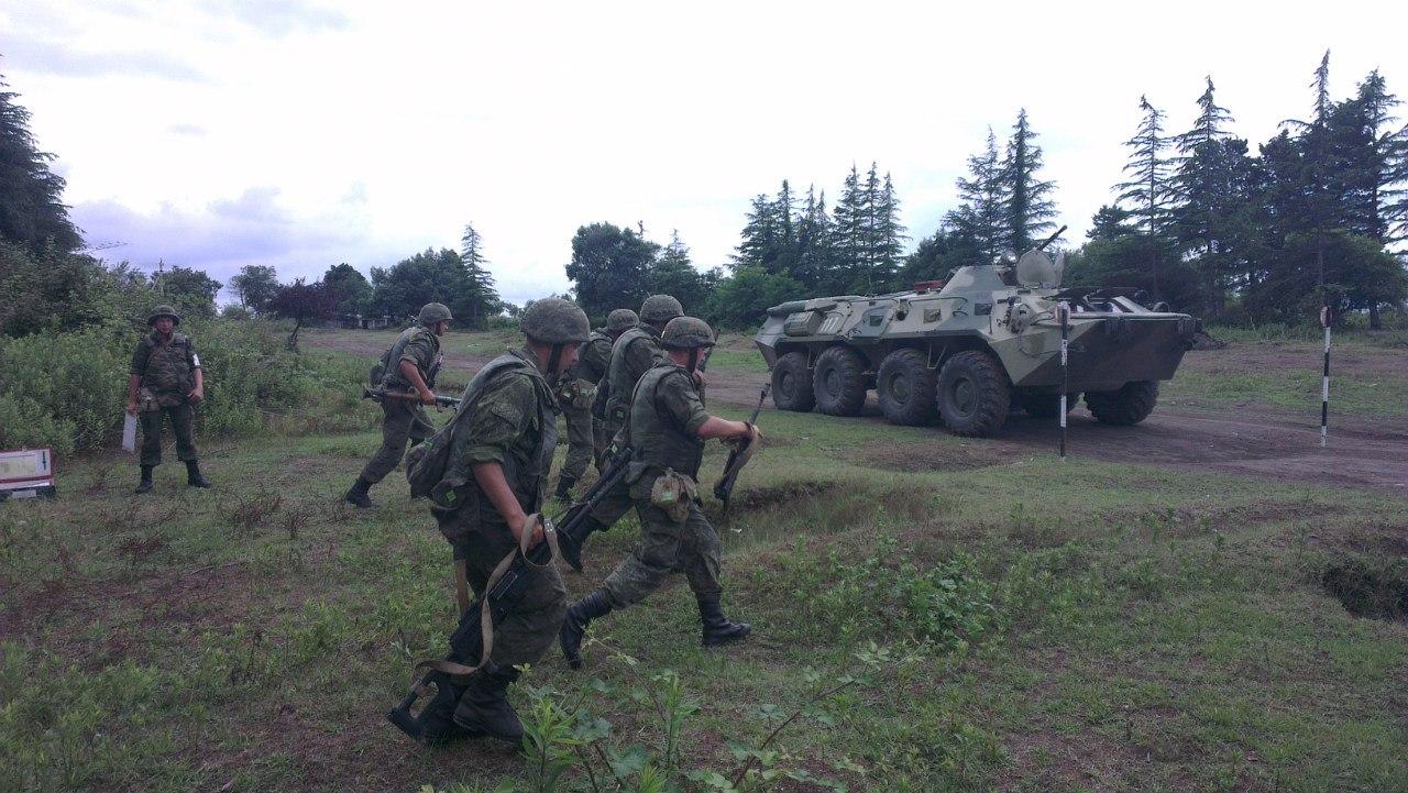 Россия проверяет боеготовность базы в Абхазии