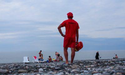 За купальный сезон 2017 спасатели спасли 605 человек