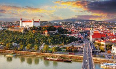Тбилиси и Братиславу связал прямой авиарейс