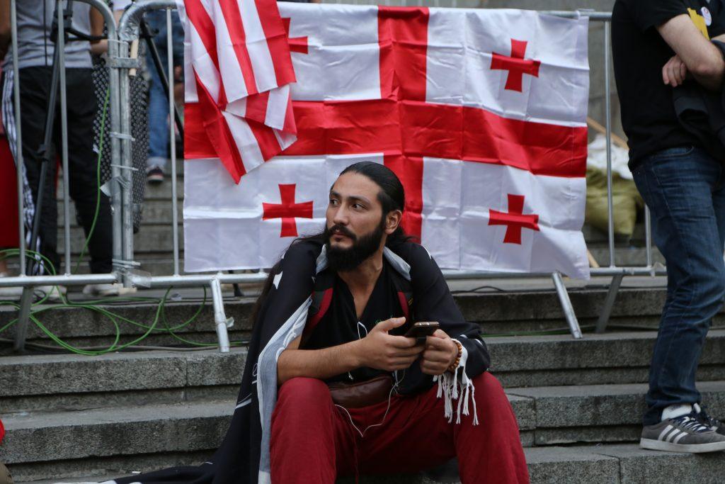 """1 #общество Акция """"Стыдно"""", Бидзина Иванишвили, Георгий Гахария, протест в Тбилиси, тбилиси"""