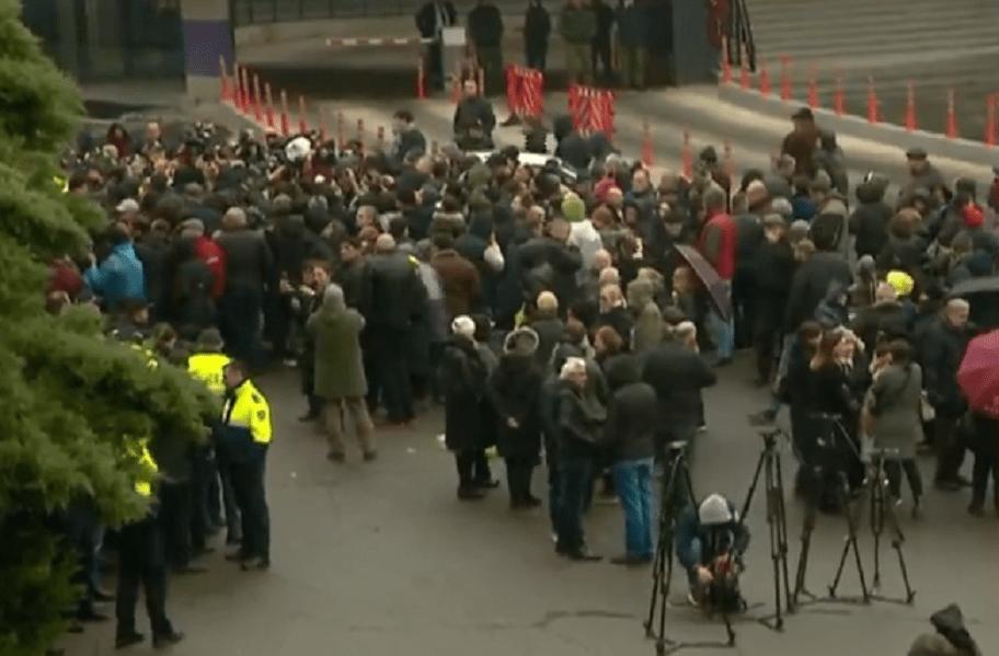 837492111 #новости акция протеста, Важа Сирадзе, выборы 2020 - кризис, оппозиция