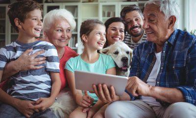 Ок, бумер: как заставить бабушку прекратить комментировать ваши посты