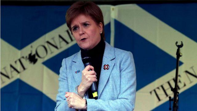 Глава правительства Шотландии и лидер Шотландской национальной партии Никола Стёрджен