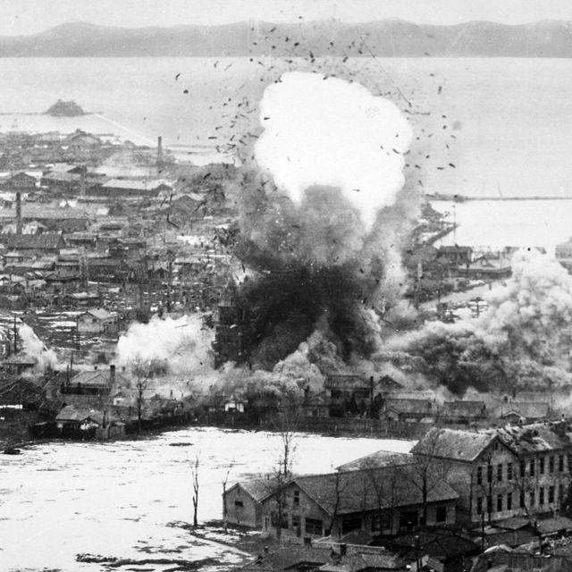US bombs fall on logistics depots in Wonsan, North Korea, 1951