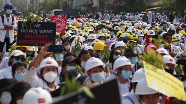 Акция протеста в Мандалае