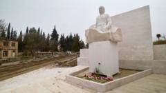 _117351976_martuni_nzhde_monument.png