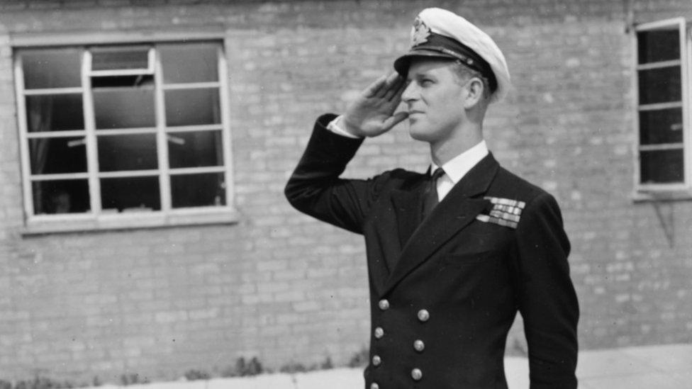 филипп Маунтбеттен, лейтенант