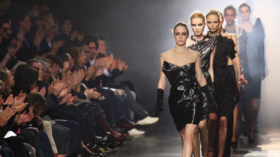 Модный показ в Париже, март 2008 года. Еще одна коллекция Эльбаза для Lanvin