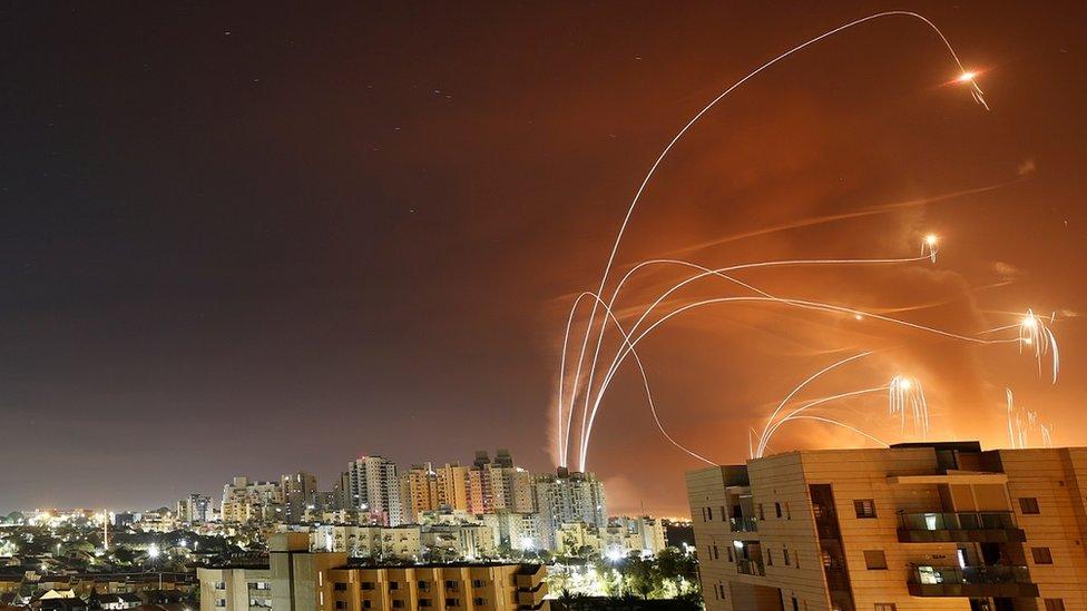 работа израильской системы ПВО