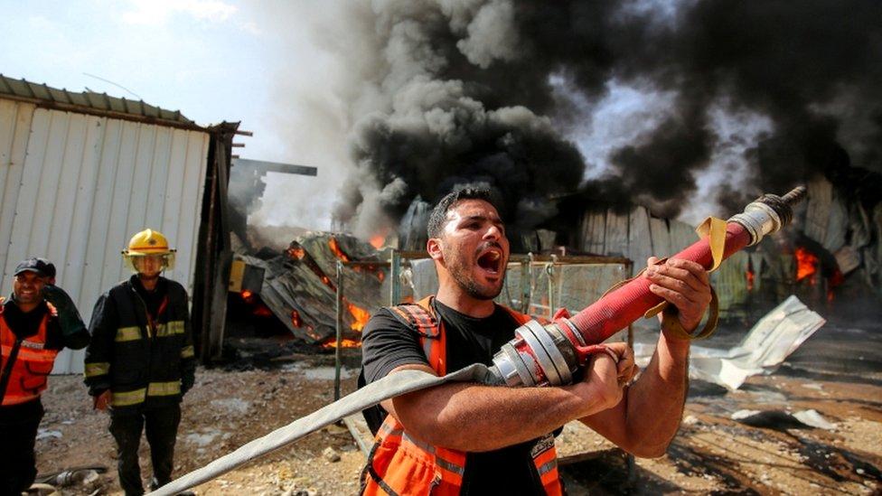 Последствия авианалета в секторе Газа