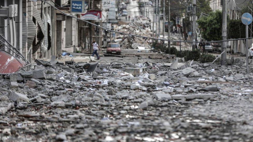 В Газе после обстрела в понедельник