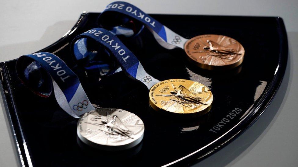 _119119241_medals.jpg