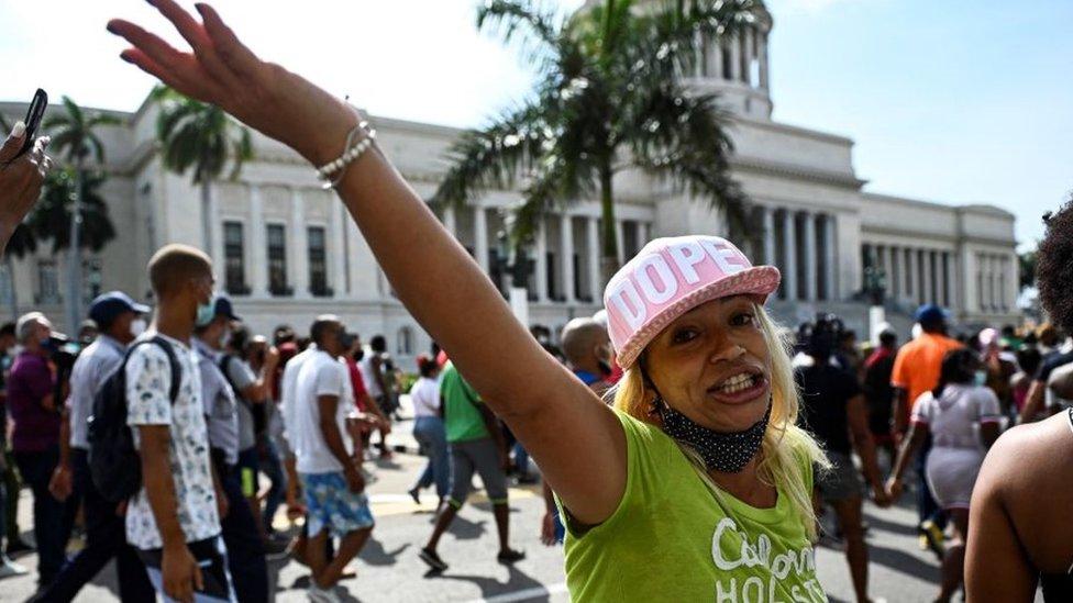 Протесты прошли по всей Кубе