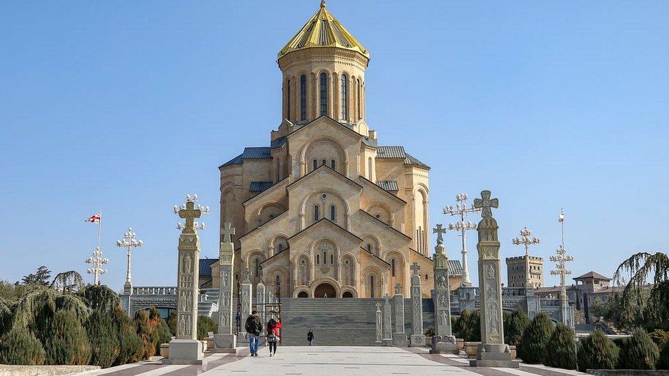 Кафедральный собор Цминда Самеба в Тбилиси