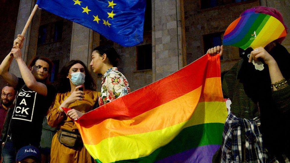 Протест в Тбилиси в поддержку пострадавших 5 июля
