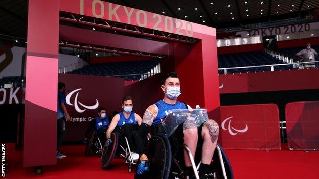 Члены сборной Новой Зеландии по регби в инвалидных креслах