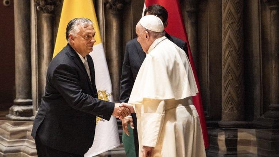 Орбан и папа римский