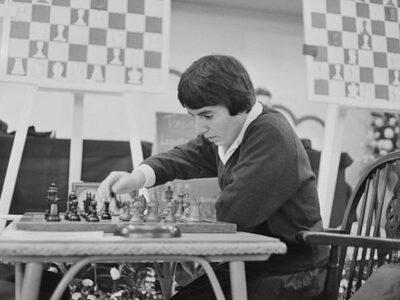 120607551 gettyimages 1010636822 594x594 1 Новости BBC Netflix, Нона Гаприндашвили, шахматы