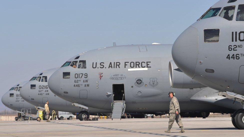 """До 2014 года США использовали аэропорт """"Манас"""" в Киргизии"""