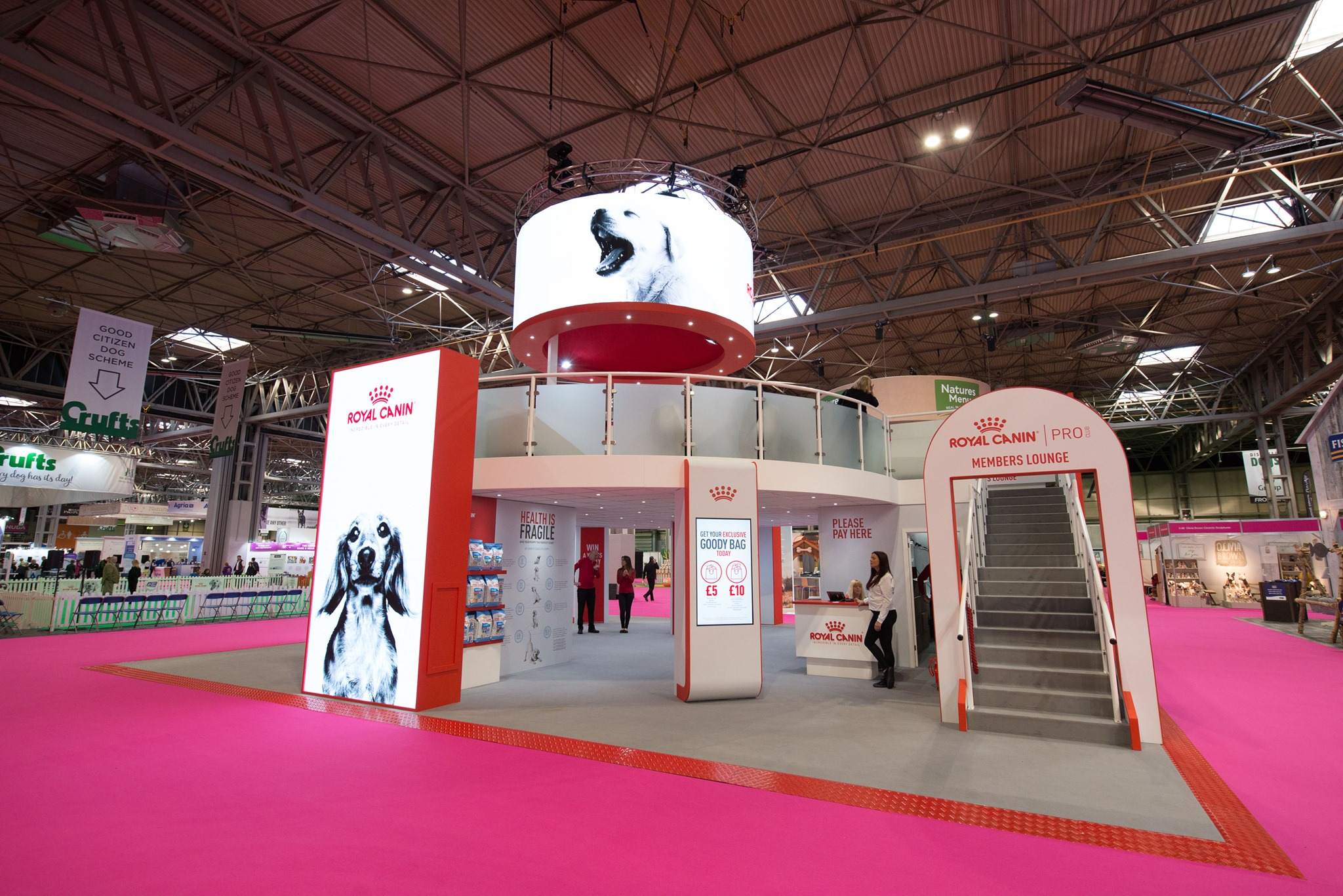 sovereign exhibitions and events - exhibition and hospitality stand example - indoor exhibition stand