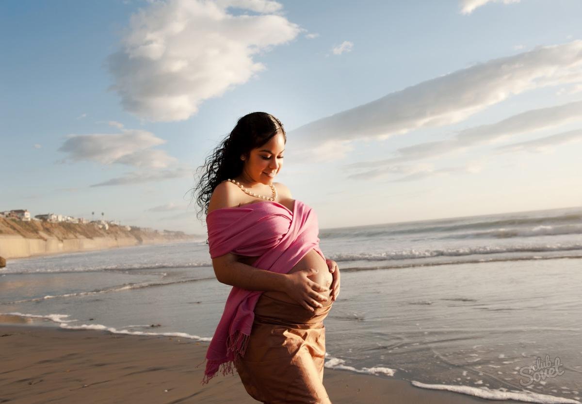 Можно ли беременным загорать и купаться на ранних и поздних сроках