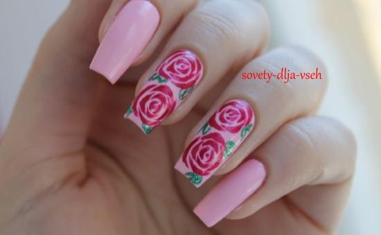 модный маникюр с розами