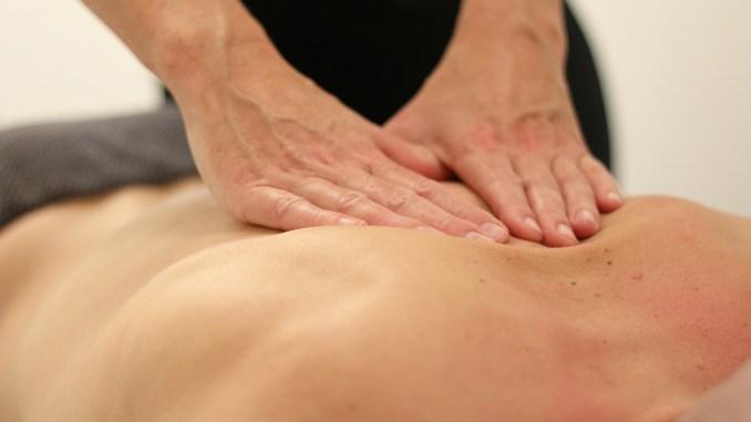 massage-3795691