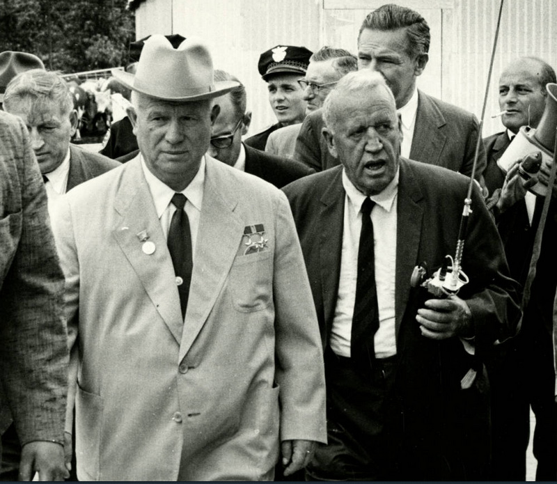 Joe Munroe. Roswell Garst and Nikita Khrushchev