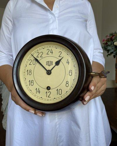 Horloge Marine 24 Heures Glashütte – RDA – Bakélite