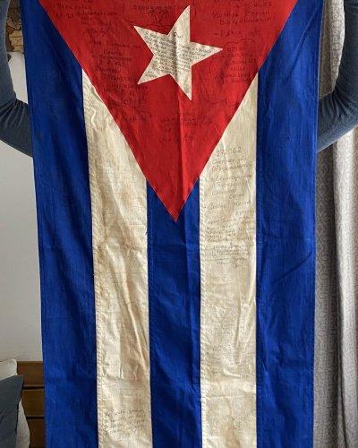 Drapeau Authentique – Navire Militaire – Cuba – 1988