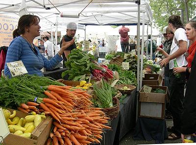 400px-Ballard_Farmers'_Market_-_vegetables