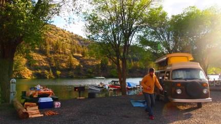 Camp on Lake Simtustus