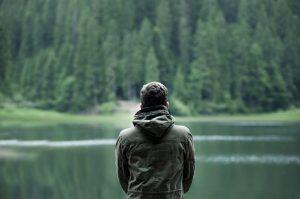 mann_im Wald